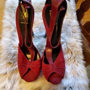 Authentic EUC FENDI Peep Toe Heels Size 40
